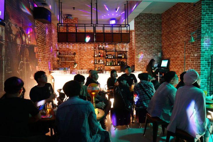 2021 04 22 141838 - 熱血採訪|營業到凌晨三點!整個餐廳就是你的個人演唱會,限時限定4折就在遇見音樂餐酒館