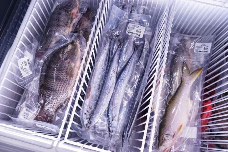 2021 09 02 212441 - 熱血採訪|台中海產超市重新裝潢,歡慶開幕消費滿千就送三色生魚片,無限累加