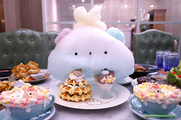 2021 09 24 031327 - 熱血採訪│台中巨無霸熊熊棉花糖!比臉還大,當月壽星限定四人套餐送慕斯蛋糕