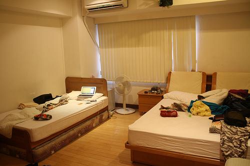 台北駅前のユースホステルのHOLOファミリーハウスの部屋の写真