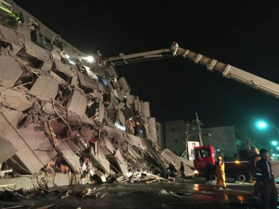 A collapsed building in Tainan City after the earthquake of February 6, 2016