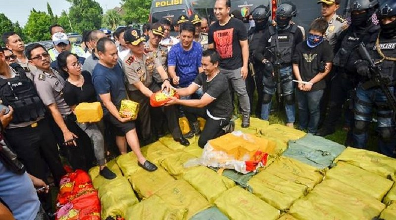 indonesian police with one ton drug haul