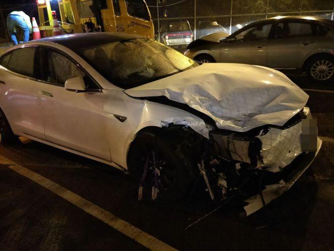 Tesla after autopilot crash