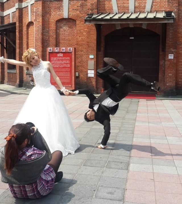 自主婚紗 花絮,婚紗攝影 花絮,自助婚紗 花絮,婚紗照姿勢 街舞婚紗照 外拍造型設計