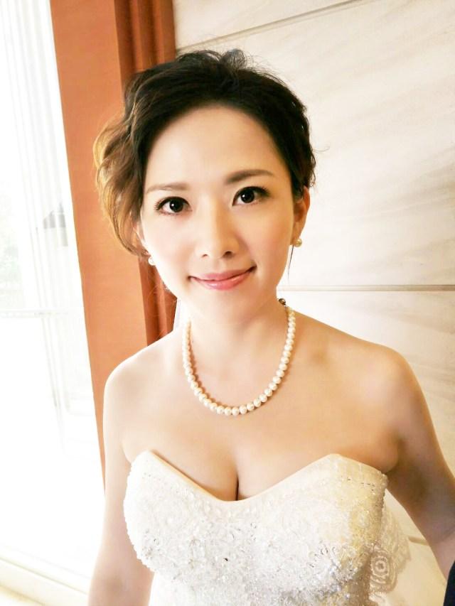 台北新娘秘書推薦 新秘千越  結婚宴客白紗造型  新秘 台北新秘價格