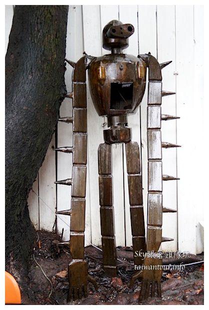台中綠園道機器人主題餐廳鐵皮駛9