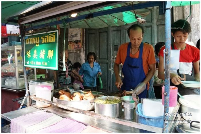 泰國街邊小吃夜市美食DSC05554