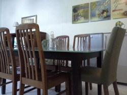Tajas Homestay - Meja Makan dan Peti Sejuk