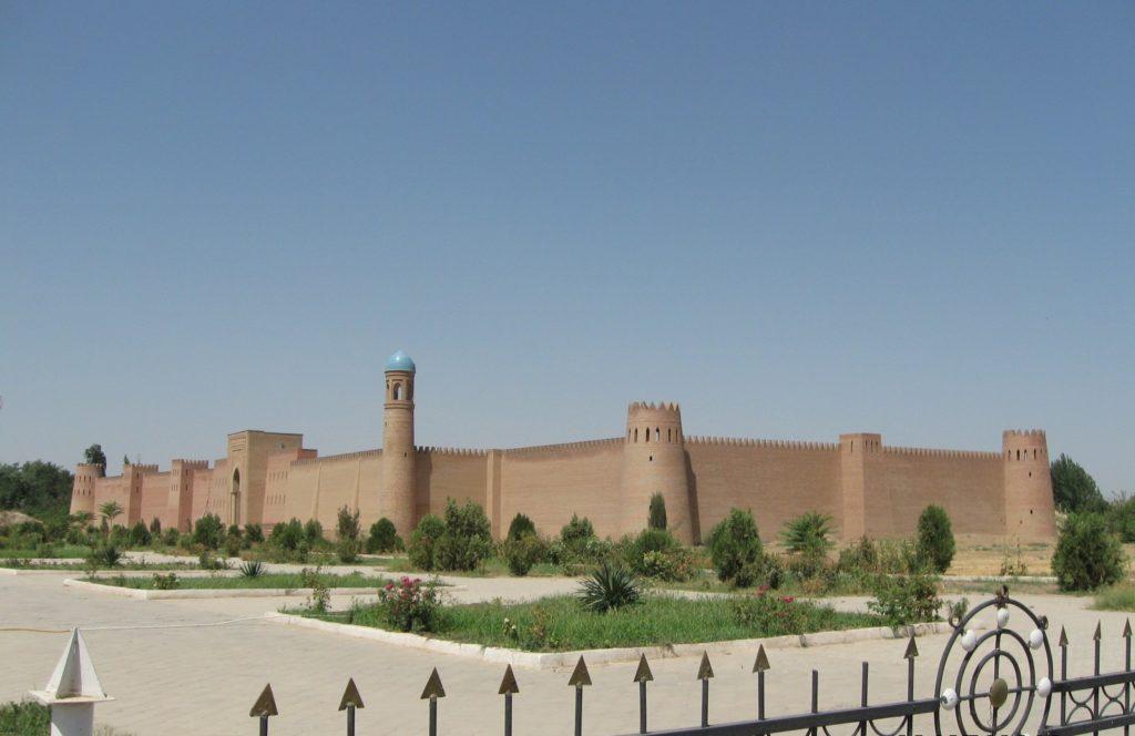 Куляб – город в Хатлонской области Таджикистана