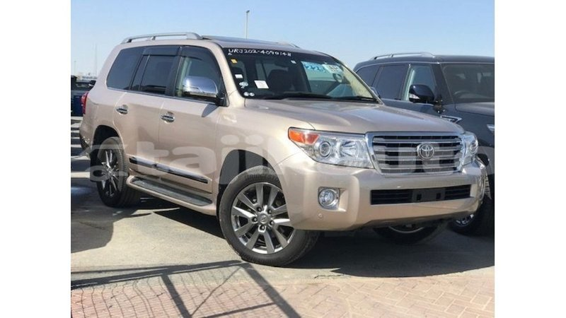 buy import toyota land cruiser other car in import dubai in dushanbe