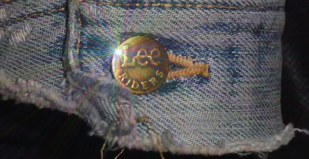 Leeライダーズジャケットのボタン