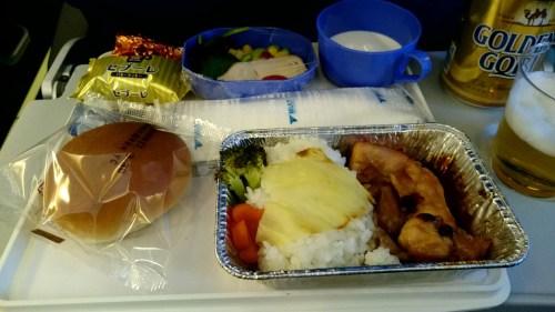 MIATの機内食(行き)