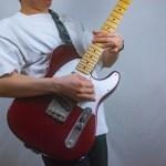 ギター初心者、立って弾く位置はどこが良い?(プレイスタイルで決めよう)
