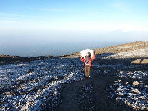 キリマンジャロ登山8 (6)