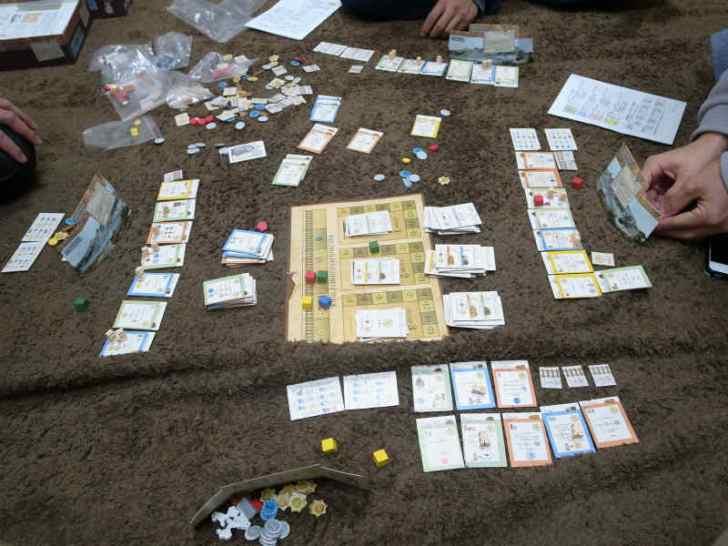 ホームステッダーズ(HOMESTEADERS) 競りボードゲーム (3)