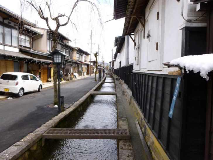 文学部出身の女性による飛騨古川「末広の家」に素泊まり一軒家ステイの体験レポート (2)