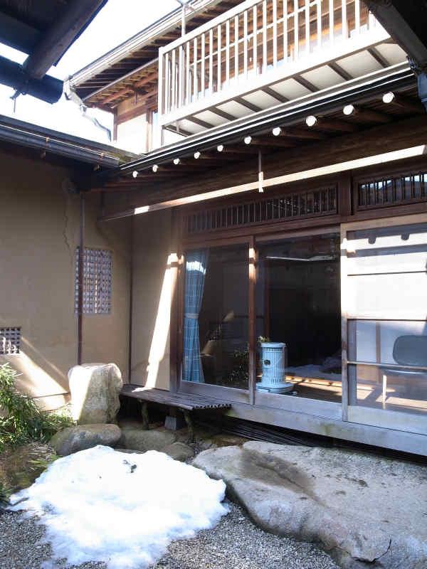 飛騨古川の古民家:数寄屋づくりの里山オフィス「末広の家」に泊まってみた! (6)