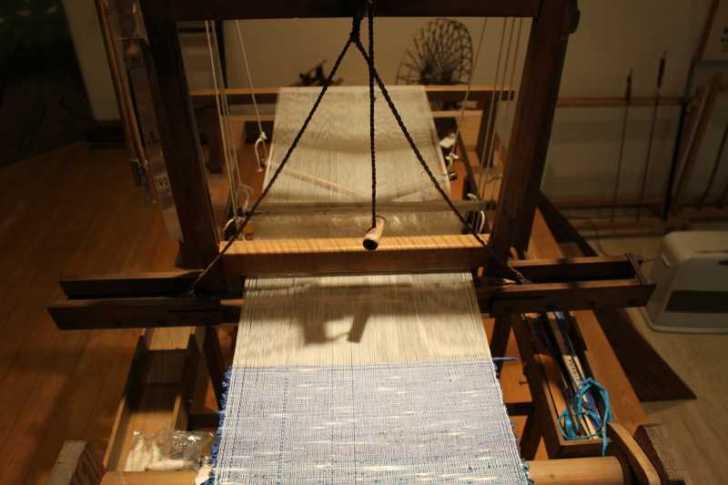 裂き織り体験教室で学ぶ「機織り機の仕組み」 (17)