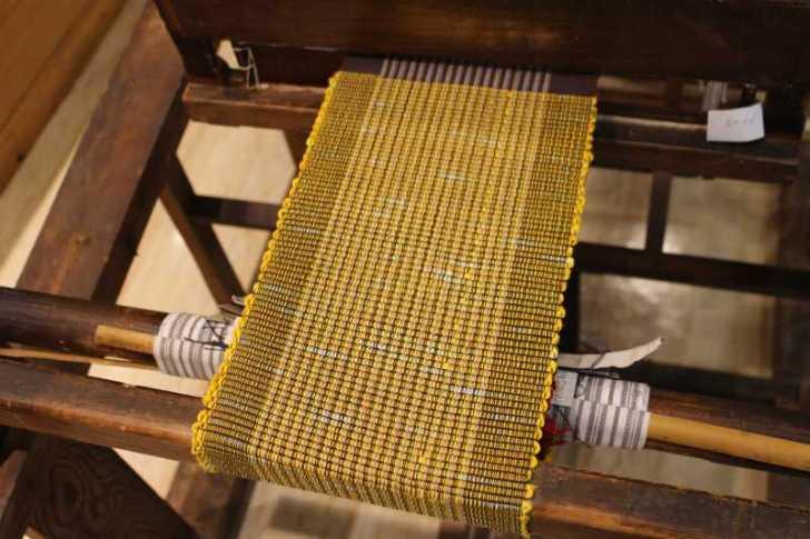 裂き織り体験教室で学ぶ「機織り機の仕組み」 (23)