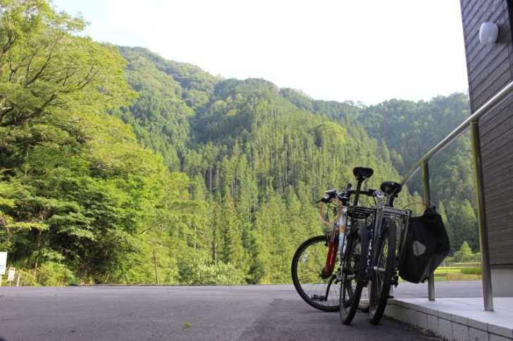 愛知県新城市作手の「鳴沢の滝」までサイクリングして泳いでみた! (14)