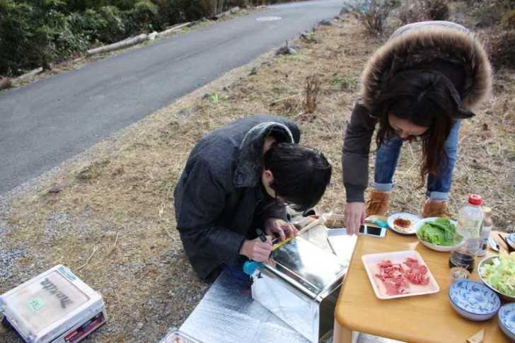 女猟師と燻製器を一斗缶で自作し、鹿肉の燻製をやってみた! (5)