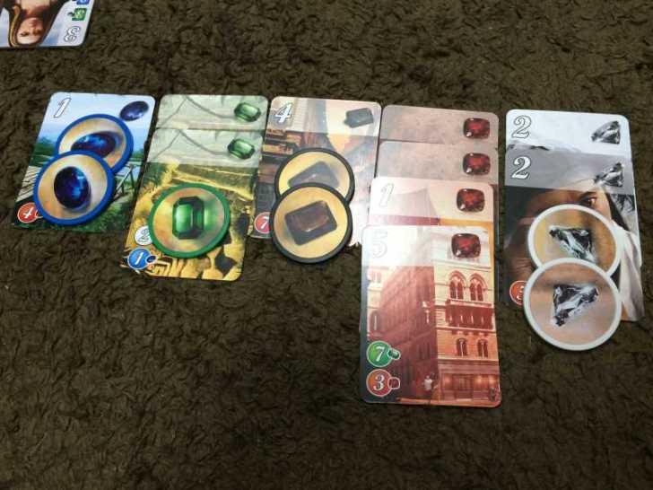 短時間(30分以下)で遊べる面白いボードゲーム「宝石の煌き」 (2)