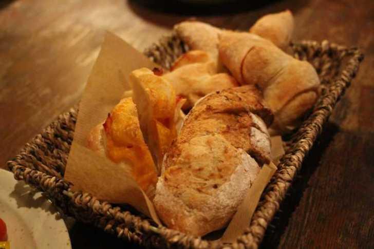長野市のカフェ「粉門屋仔猫」のパンが絶品すぎて・・・こんな美味しいパンを食べられるなんて幸せ (17)