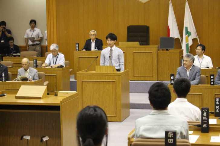 新城市で第一回若者議会が開催!各委員の所信表明+議長が決定しました! (7)