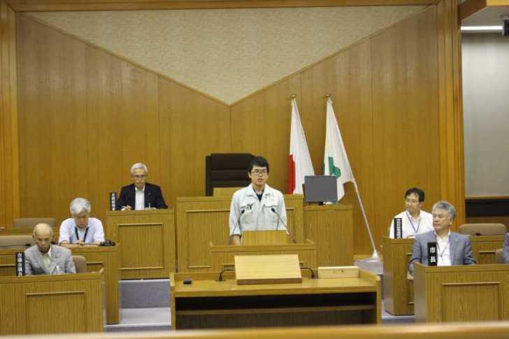 新城市で第一回若者議会が開催!各委員の所信表明+議長が決定しました! (8)