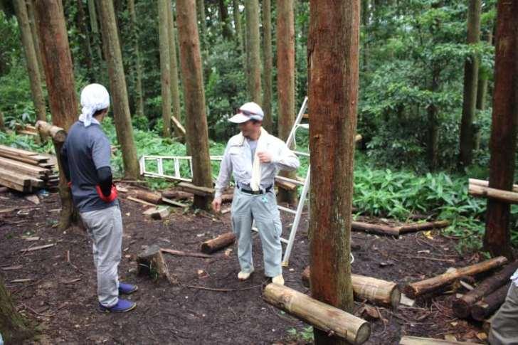 【ツリーハウスの作り方】ガンコ山の講習でセルフビルドしてきたよ! (1)