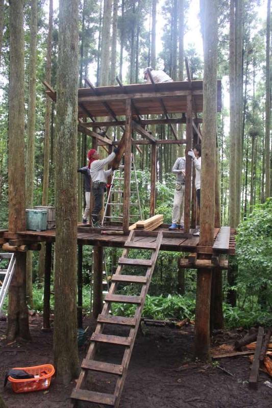 【ツリーハウスの作り方】ガンコ山の講習でセルフビルドしてきたよ! (20)