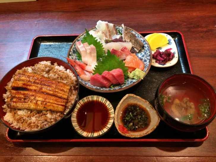 【豊橋市二川】かわらばんのランチ「さしみ盛合せ定食」がおすすめ! (3)