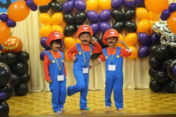 お寺でのハロウィンパーティー開催!仮装しての謎解きが色とりどりで楽しすぎる! (3)