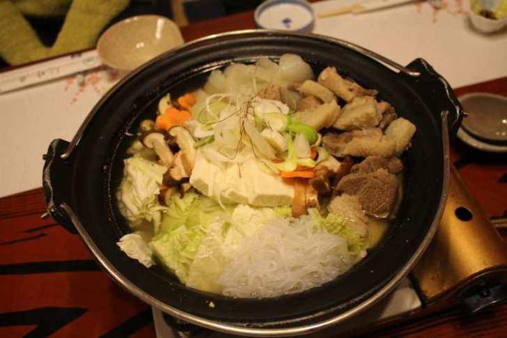 ラストハンター「片桐邦雄さん」のイノシシ解体技術を学び、最高級においしい猪鍋をいただいてきたよ! (4)