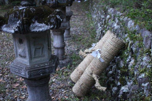 1メートルほどの竹筒に火薬を詰めて人が抱える手筒花火がすごい!【新城市川合地区祭り】 (10)