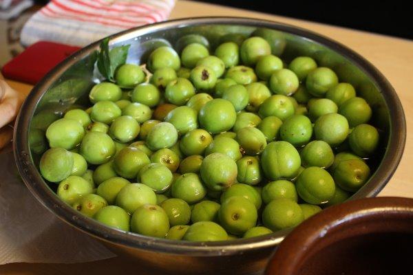 梅干しと梅酒の作り方!熟成梅は梅干しに、青梅は梅酒に、っていうけど、青梅も梅干しにしてみた (4)