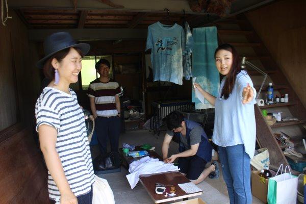 藍染めのワークショップを開催したよ。衣食住の衣のワークショップって珍しいのかも。 (1)