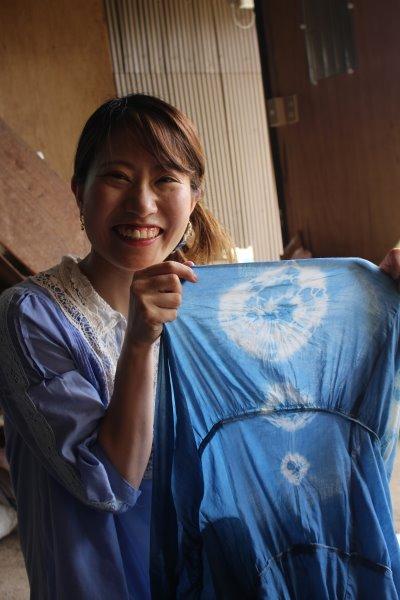 藍染めのワークショップを開催したよ。衣食住の衣のワークショップって珍しいのかも。 (9)