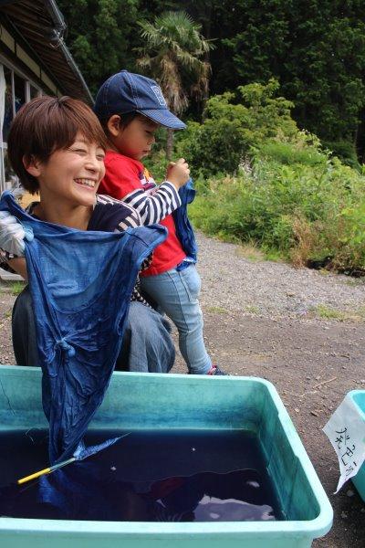 藍染めのワークショップを開催したよ。衣食住の衣のワークショップって珍しいのかも。 (5)