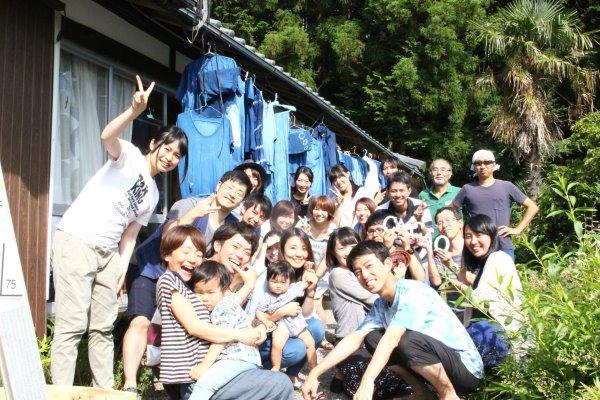 藍染めのワークショップを開催したよ。衣食住の衣のワークショップって珍しいのかも。 (3)