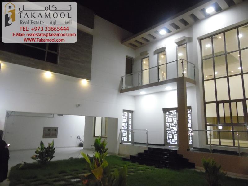 New Stunning Villa Modern Design For Sale In Saraya1
