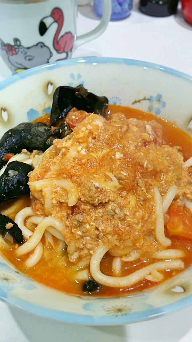 肉碎蛋番茄濃湯烏冬 – タカ貓的 F∞D