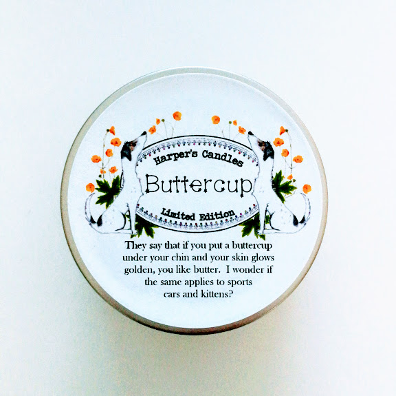 vegan geurkaars buttercup van Harper's Candles