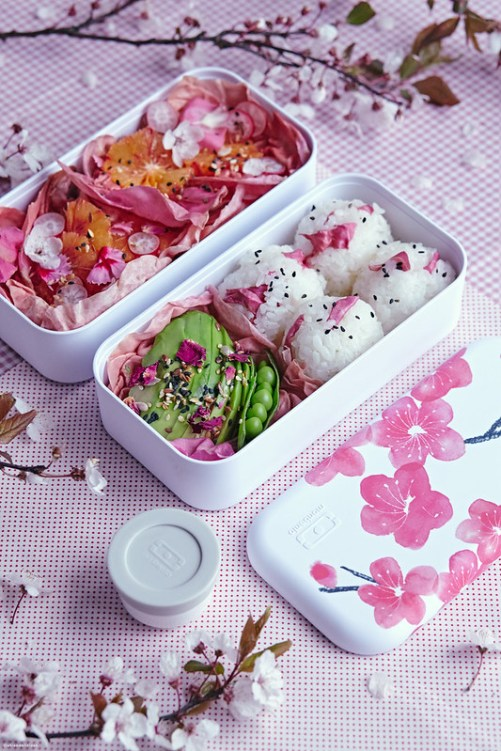 monbento MB original blossom bento lunch box