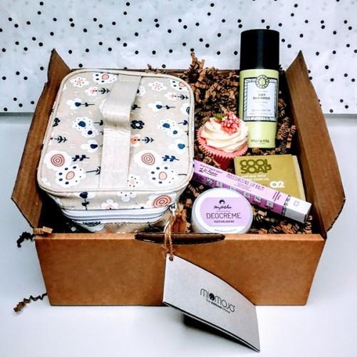 gift box vegan beauty bij tAK a plant-based lifestyle