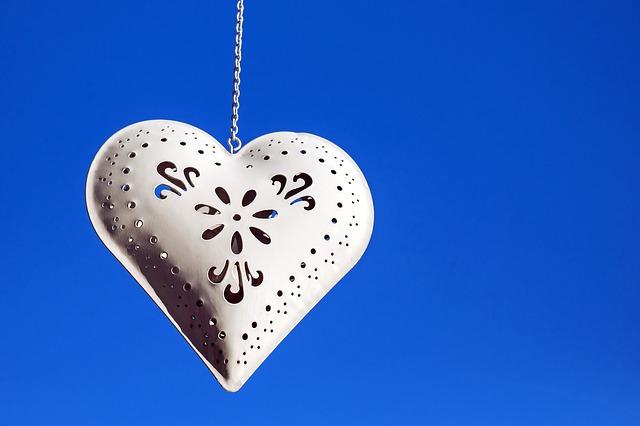 heart-1633290_640