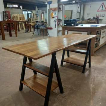 Bureau en métal et Angélique - TAKARI DESIGN - La Fabrique du Dégrad