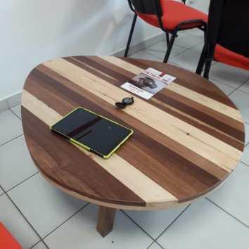 Table basse en palettes et chutes de bois de Guyane - TAKARI DESIGN - Guyane - La Fabrique du Dégrad