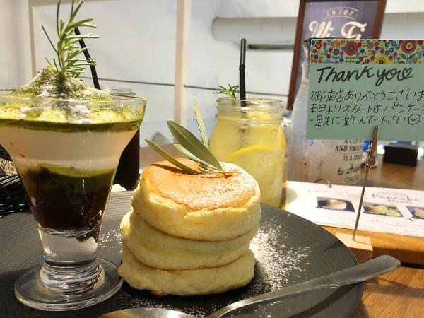 axi cafe 新食感ふわっくしゅ系パンケーキレビュー。
