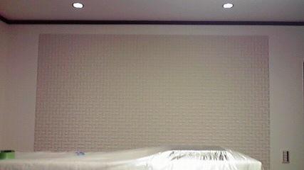 エコカラット施工例寝室に部分施工